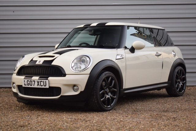 USED 2007 07 MINI HATCH COOPER 1.6 COOPER S 3d 172 BHP Navigation +Zenons+15 Services