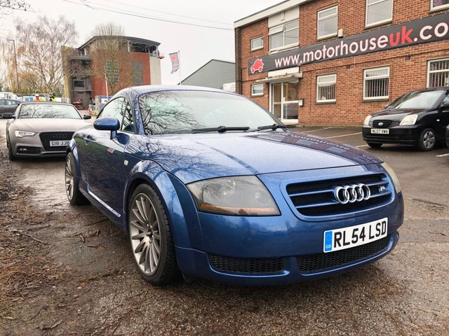 USED 2005 54 AUDI TT 1.8 T 3d 177 BHP EXCELLENT EXAMPLE WITH LOADS OF EXTRAS! ALLOY WHEELS, AIR CONDITIONING, ELECTRIC WINDOWS, ELECTRIC DOOR MIRRORS