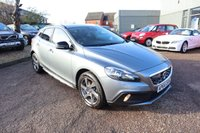 USED 2014 64 VOLVO V40 CROSS COUNTRY Volvo v40 Cross Country SE Nav £4275 FACTORY FITTED OPTIONAL EXTRAS VOLVO DEALERSHIP SERVICE HISTORY