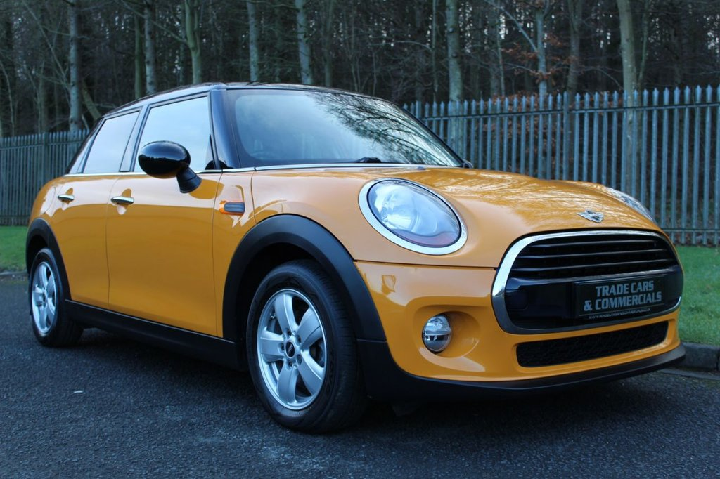 USED 2016 16 MINI HATCH COOPER 1.5 COOPER D 5d 114 BHP A CHEAP 2016 MINI 5 DOOR WITH SERVICE HISTORY, BLUETOOTH AND DAB!!!