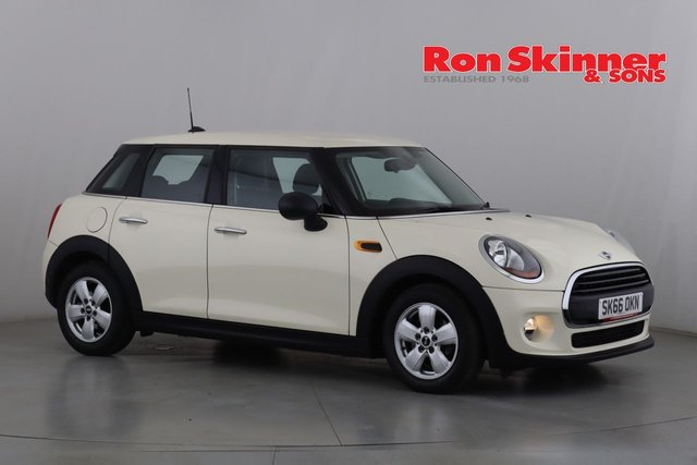 View our 2016 66 MINI HATCH ONE 1.5 ONE D 5d 94 BHP