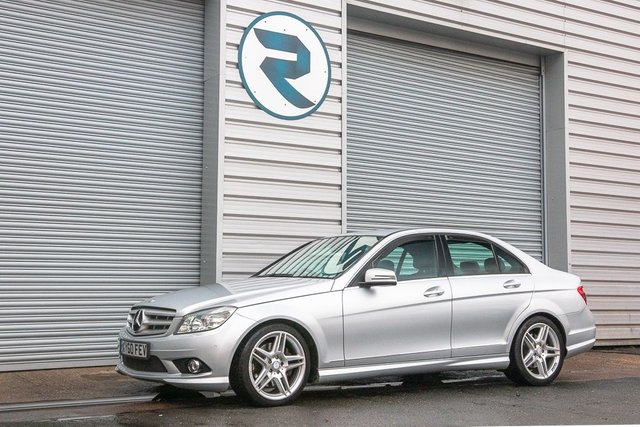 USED 2010 60 MERCEDES-BENZ C CLASS 3.0 C350 CDI BLUEEFFICIENCY SPORT 4d 231 BHP