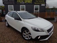 2013 VOLVO V40 1.6 D2 Lux Cross Country Powershift (s/s) 5dr £7500.00