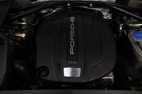 USED 2015 15 PORSCHE MACAN 2.0T PDK 4WD (s/s) 5dr MASSIVE SPEC! LOW MILEAGE!