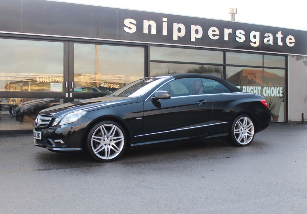 "USED 2010 MERCEDES-BENZ E CLASS 3.0 E350 CDI BLUEEFFICIENCY SPORT 2d 231 BHP High Specification Obsidian Black E350 CDI Sport, 19"" Alloys, Satalite Navigation, Full Red Leather, Electric Seats With Memory, Parking Camera, Sports Steering Wheel, Memory Pack, Airscarf, Tyre Pressure Loss Warning, Bluetooth Phone, Command APS With DVD Changer, Automatic High Beam Switch, Cornering Illumination, AMG Styling Pack, Premium Sound System, Heated Seats, AMG Sports Package, 2 Keys, Service History."