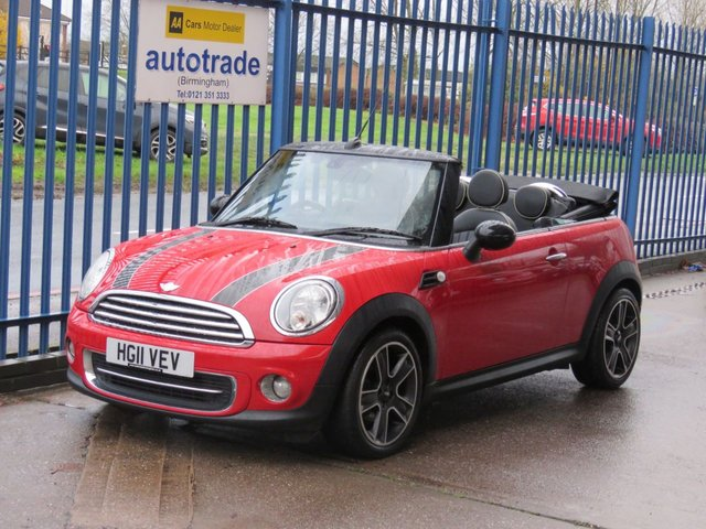 USED 2011 11 MINI CONVERTIBLE 1.6 COOPER 2dr Full leather Cruise Heated seats Bluetooth Alloys ULEZ COMPLIANT Finance arranged Part exchange available Open 7 days