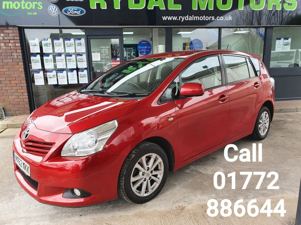 USED 2012 62 TOYOTA VERSO 2.0 TR D-4D  5d 125 BHP DESIRABLE MODEL 7 SEATS,1 OWNER FROM NEW, RED METALLIC PAINTWORK