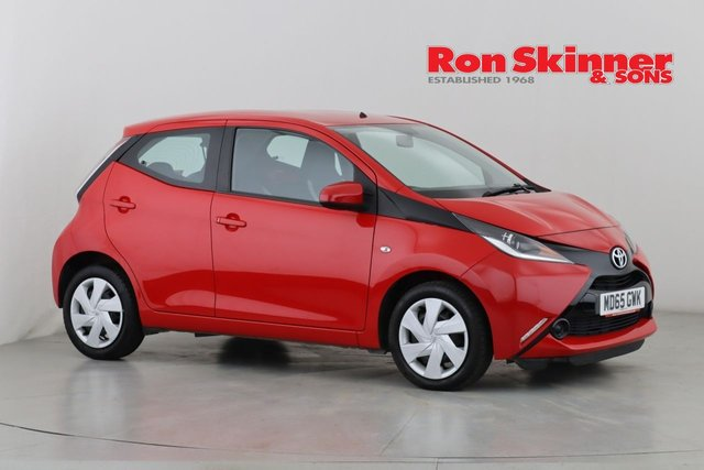 View our 2015 65 TOYOTA AYGO 1.0 VVT-I X-PLAY X-SHIFT 5d AUTO 69 BHP