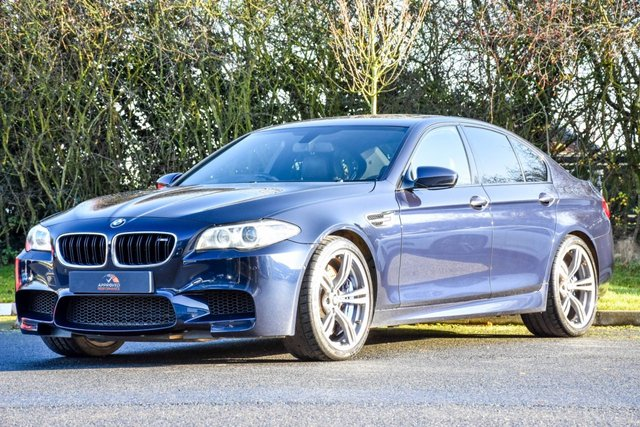 2014 14 BMW M5 4.4 M5 4d 553 BHP
