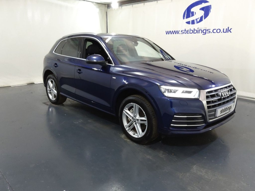 """USED 2017 67 AUDI Q5 2.0 TDI QUATTRO S LINE 5d 188 BHP SAT NAV, VIRTUAL DASH,TECHNOLOGY PACK, HALF LEATHER, HEATED FRONT SEATS, AUDI MULTIMEDIA INTERFACE, DAB RADIO, FRONT AND REAR TRI ZONE CLIMATE CONTROL, CRUISE CONTROL, FLAT BOTTOM STEERING WHEEL, AUTO LIGHTS AND WIPERS, FRONT AND REAR PARKING SENSORS, HILL DESCENT CONTROL, POWER TAILGATE, 19"""" ALLOYS"""