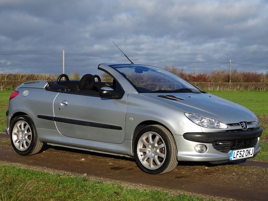 USED 2002 52 PEUGEOT 206 CC 2.0 BLACK/SILVER SE COUPE CABRIOLET 2d 135 BHP