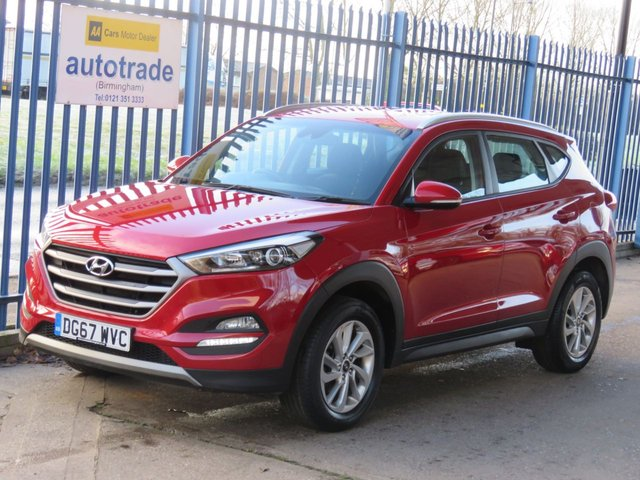 USED 2017 67 HYUNDAI TUCSON 1.6 GDI SE NAV BLUE DRIVE 5dr Nav Heated seats Rear camera Bluetooth DAB Cruise ULEZ COMPLIANT Low Miles with SatNav,Parking sensors,alloys and service history