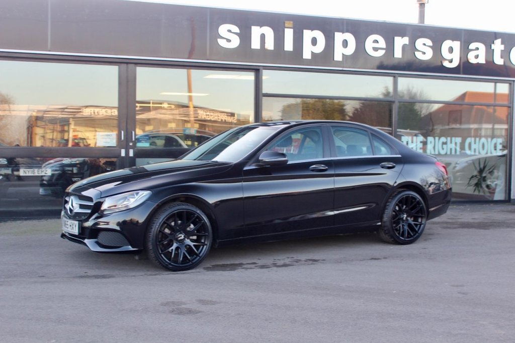 USED 2016 65 MERCEDES-BENZ C CLASS 2.0 C200 SE 4d Auto 184 BHP Great Value Low Mileage Obsidian Black Metallic Mercedes-Benz C200, Rear View Camera, Rain Sensor, Tyre Pressure Control ,Audio 20 Radio Navigation Capable, Air Conditioner, Upgraded Alloy Wheels, Heated Screen Washer System, Cruise Controls, Bluetooth Phone, 2 Keys, Service History.