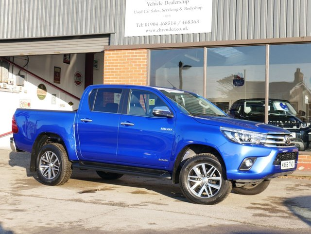 USED 2018 68 TOYOTA HI-LUX 2.4 INVINCIBLE 4WD D-4D DCB 4d 147 BHP REVERSING CAMERA, AIR CONDITIONING, MULTI FUNCTION STEERING WHEEL