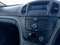 USED 2013 63 VAUXHALL INSIGNIA 2.0 EXCLUSIV CDTI ECOFLEX AC S/S 5d 160 BHP 1 OWNER, FSH, AC, 160 BHP, £30 ROAD TAX, CRUISE,
