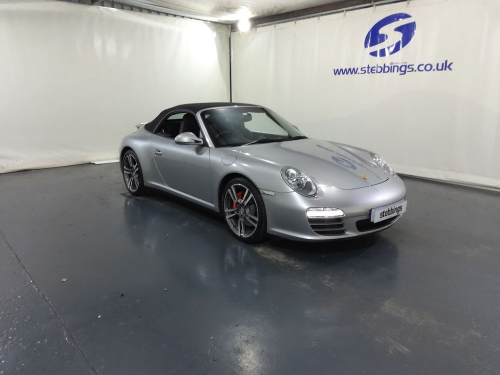 """USED 2010 60 PORSCHE 911 3.8 CARRERA 4S PDK 2d 385 BHP CABRIOLET EXTENDED SAT NAV, , FULL BLACK LEATHER, HEATED FRONT SEATS, BOSE SOUND SYSTEM, SPORTS EXHAUST, PARK ASSIST, CLIMATE CONTROL, CRUISE CONTROL, PDK AUTOMATIC TRANSMISSION, 19"""" ALLOYS, *8 SERVICES LAST AT 75343*"""