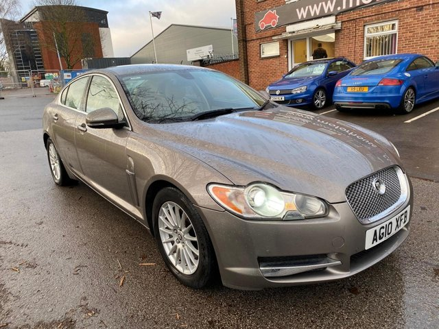 USED 2010 10 JAGUAR XF 3.0 LUXURY V6 4d 238 BHP EXCELLENT EXAMPLE WITH SERVICE HISTORY,  ALLOY WHEELS, FULL LEATHER INTERIOR, CRUISE CONTROL, CLIMATE CONTROL, SAT NAV, BLUETOOTH