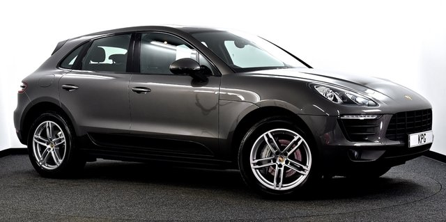 USED 2015 15 PORSCHE MACAN 3.0 TD V6 S PDK AWD 5dr Pan Roof, Air Sus, £15k Extras