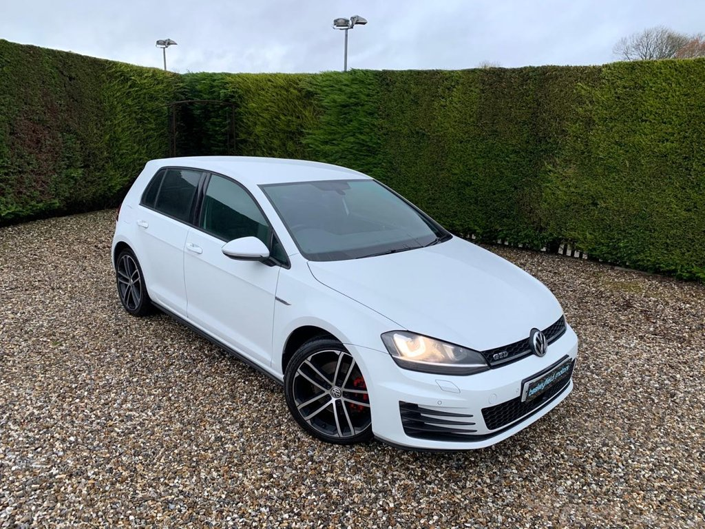 USED 2014 64 VOLKSWAGEN GOLF 2.0 GTD 5d 181 BHP