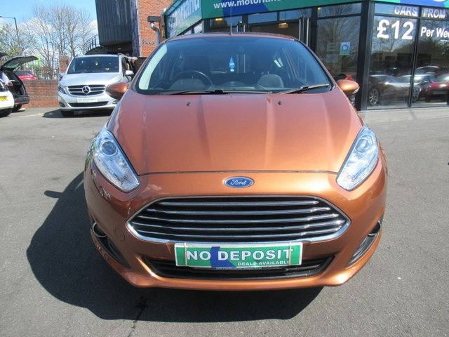 USED 2016 66 FORD FIESTA 1.2 ZETEC 3d 81 BHP ** 1 OWNER FROM BRAND NEW **