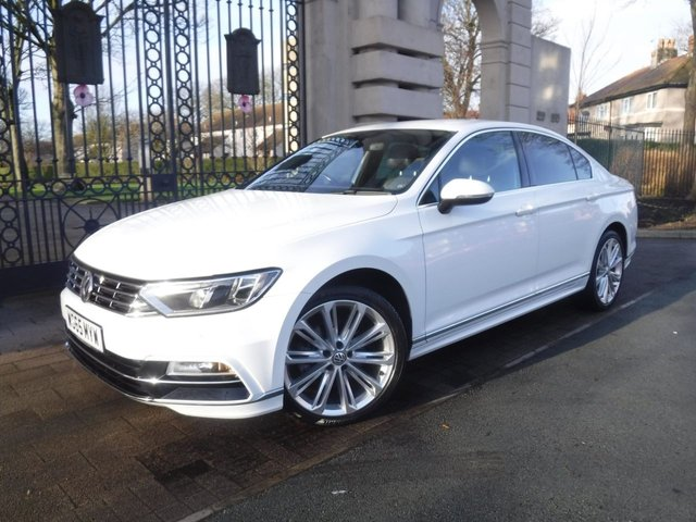 USED 2015 65 VOLKSWAGEN PASSAT 2.0 R LINE TDI BLUEMOTION TECHNOLOGY 4d 188 BHP *** FINANCE & PART EXCHANGE WELCOME *** £ 20 A YEAR ROAD TAX STOP/START  PART LEATHER INTERIOR SAT/NAV BLUETOOTH PHONE CRUISE CONTROL,