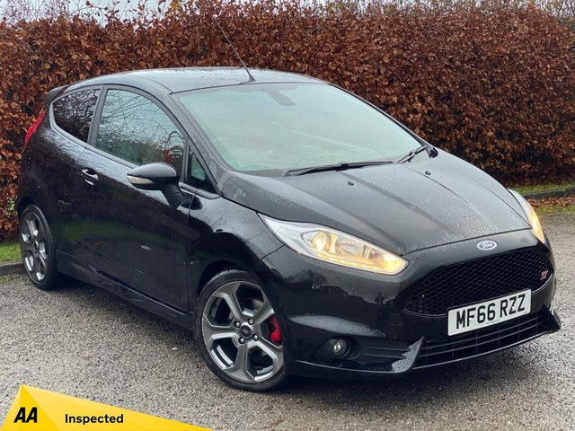 USED 2016 66 FORD FIESTA 1.6 ST-3 3d  FULL SPORTS LEATHER INTERIOR * SATELLITE NAVIGATION *