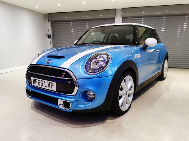 "USED 2015 65 MINI HATCH COOPER 2.0 COOPER S 3d 189 BHP CHILI PACK + VISUAL BOOST RADIO + 18"" CONE SPOKE ALLOY WHEELS + LOW MILEAGE"
