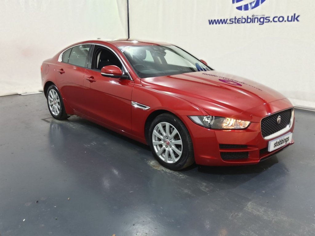 """USED 2016 16 JAGUAR XE 2.0 SE 4d 178 BHP SAT NAV, COLOUR TOUCHSCREEN MEDIA, DAB RADIO, IN CONTROL APPS, AMBIENT LIGHTING, LANE DEPARTURE WARNING, CLIMATE CONTROL, CRUISE CONTROL, AUTO LIGHTS AND WIPERS, KEYLESS START, REAR PARKING SENSORS, 17"""" ALLOYS"""