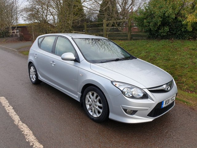 USED 2011 11 HYUNDAI I30 1.4 COMFORT 5d 108 BHP **NEW MOT**FULL SERVICE HISTORY**VERY LOW MILEAGE**SUPERB CONDITION**