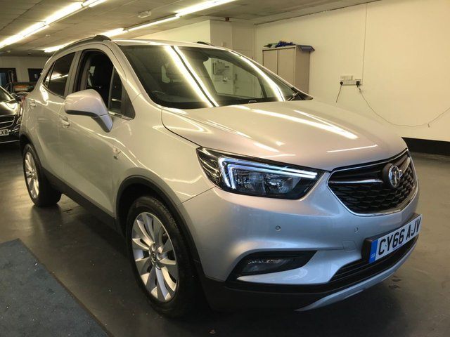 USED 2016 66 VAUXHALL MOKKA X 1.6 ELITE S/S 5d 113 BHP FULL LEATHER HEATED SEATS, BLUETOOTH PHONE AND AUDIO, HEATED STEERING WHEEL, 1 OWNER FROM NEW WITH FULL SERVICE HISTORY