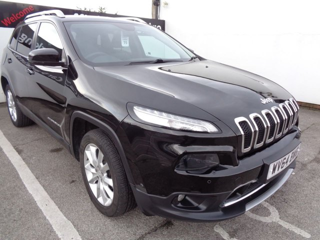 USED 2014 64 JEEP CHEROKEE 2.0 M-JET LIMITED 5d 138 BHP 4X4 AWD 4WD Satellite navigation parking sensors privacy glass full service history climate control low mileage sought after 4x4