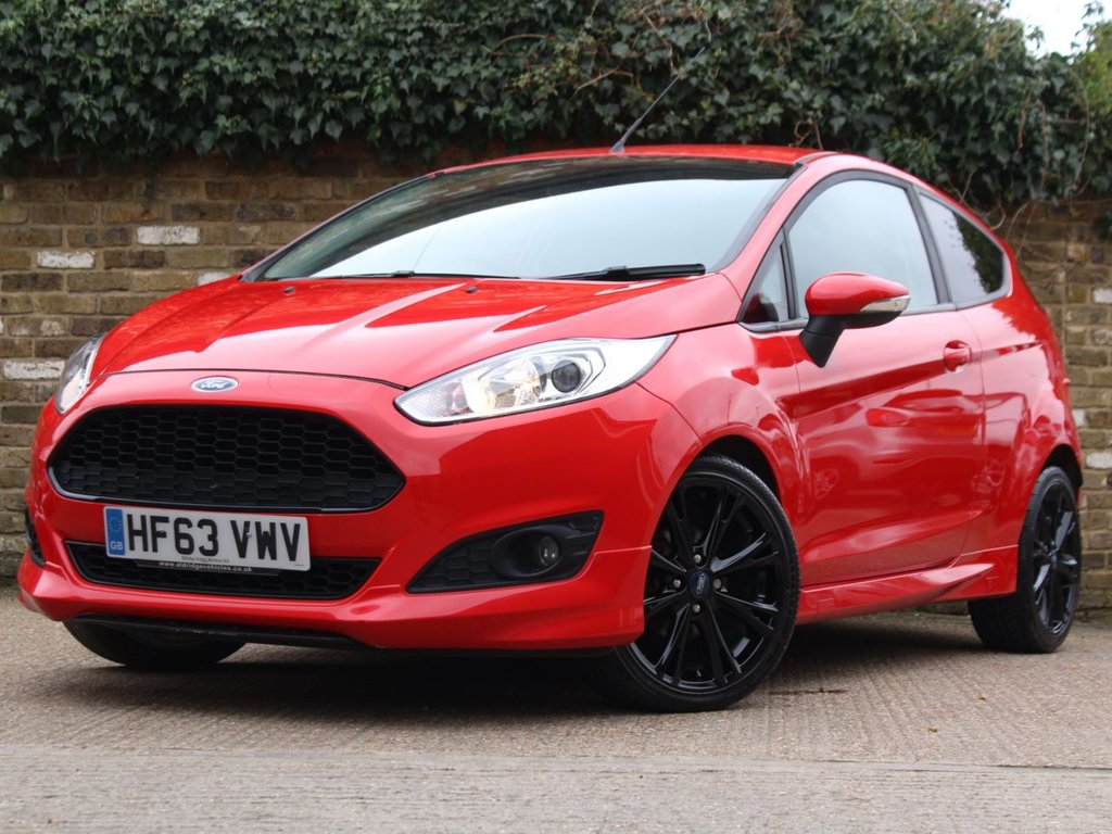 USED 2013 63 FORD FIESTA 1.0 EcoBoost Zetec S (s/s) 3dr