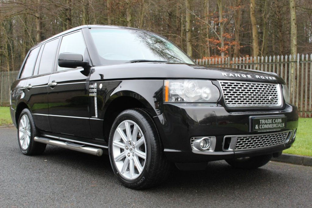 USED 2010 60 LAND ROVER RANGE ROVER 4.4 TDV8 VOGUE SE 5d 313 BHP A STUNNING LOOKING RANGE ROVER WITH LOW MILEAGE AND HIGH SPECIFICATION!!!