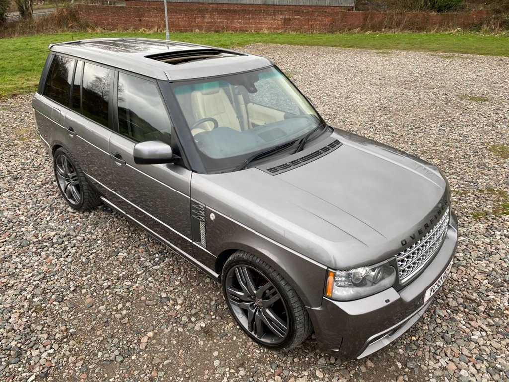 USED 2010 10 LAND ROVER RANGE ROVER 3.6 TDV8 VOGUE SE 5d 271 BHP