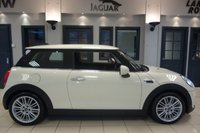 USED 2016 66 MINI HATCH COOPER 1.5 COOPER 3d AUTO 134 BHP FINISHED IN STUNNING PEPPER WHITE WITH HALF BLACK LEATHER SEATS + CHILI PACK + 1 OWNER FROM NEW + CLIMATE CONTROL + AUTO AIR CONDITIONING + RAIN SENSORS + DAB DIGITAL RADIO + LIGHT PACKAGE + BLUETOOTH + CRUISE CONTROL + AUTO HEADLIGHTS + VOICE COMMAND + AUTO RAIN SENSORS + LED RUNNING LIGHTS + SELECTABLE DRIVING MODES