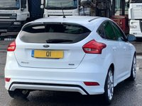USED 2015 64 FORD FOCUS 1.0T EcoBoost Zetec S (s/s) 5dr 2Keys/PaddleShifters/Xenons