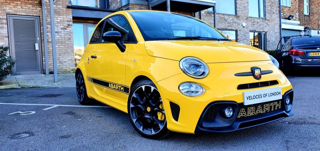 USED 2017 67 ABARTH 595 1.4 595 COMPETIZIONE 3d 177 BHP £4425 OF FACTORY EXTRAS