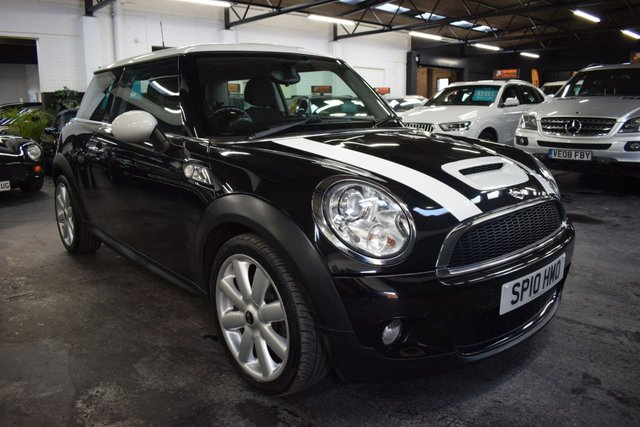 USED 2010 10 MINI HATCH COOPER S 1.6 COOPER S 3d 184 BHP LOVELY CONDITION - LOW MILES - 8 STAMPS TO 47K MILES - HALF LEATHER - CD BOOST - BONNET STRIPES