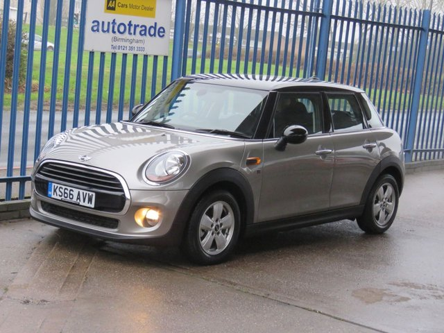 USED 2016 66 MINI HATCH COOPER 1.5 COOPER 5dr DAB Alloys Bluetooth Fogs Air con Finance arranged Part exchange available Open 7 days