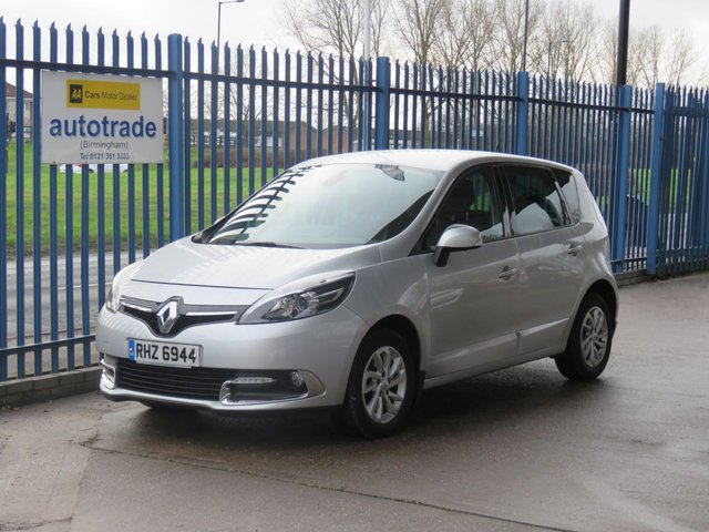 USED 2013 RENAULT SCENIC 1.5 DYNAMIQUE TOMTOM ENERGY DCI S/S 5d 110 BHP SatNav,Privacy glass,Climate control,Service History