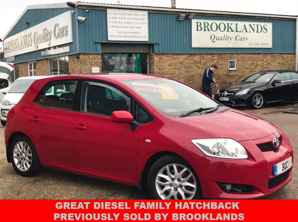 USED 2007 57 TOYOTA AURIS 2.0 TR D-4D 5 Door Red with Dark Grey Cloth 125 BHP Great Diesel Family Hatchback Previously sold by Brooklands