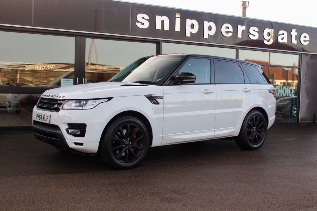 USED 2014 64 LAND ROVER RANGE ROVER SPORT 3.0 SDV6 HSE 5d  Great Condition Fuji White Range Rover Sport HSE, Reversing Camera, Sat Nav, Heated Seats Front And Rear, Ambient Lighting, Auto Dimming Rear View Mirror, Heated Windscreen, Keyless Entry, Paddle Shift, 8 Speed Automatic, Black Contrast Roof, Autobiography Style Colour Coding, Cruise Control,  Previously Supplied By Ourselves, 2 Keys and Book Pack, Full Land Rover Service History.