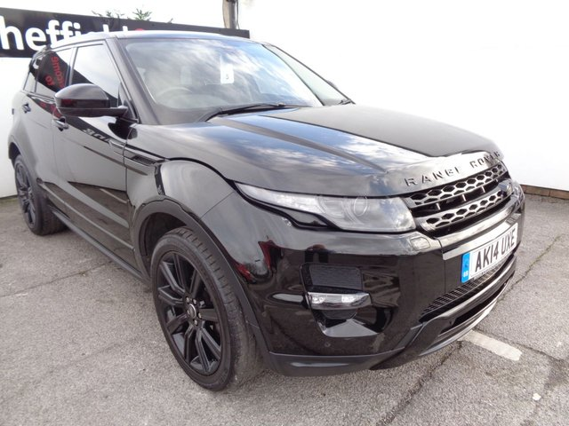 USED 2014 14 LAND ROVER RANGE ROVER EVOQUE 2.2 SD4 DYNAMIC 5d 190 BHP 4x4 awd 4wd Satellite navigation Panoramic roof privacy glass parking sensors full service history half leather