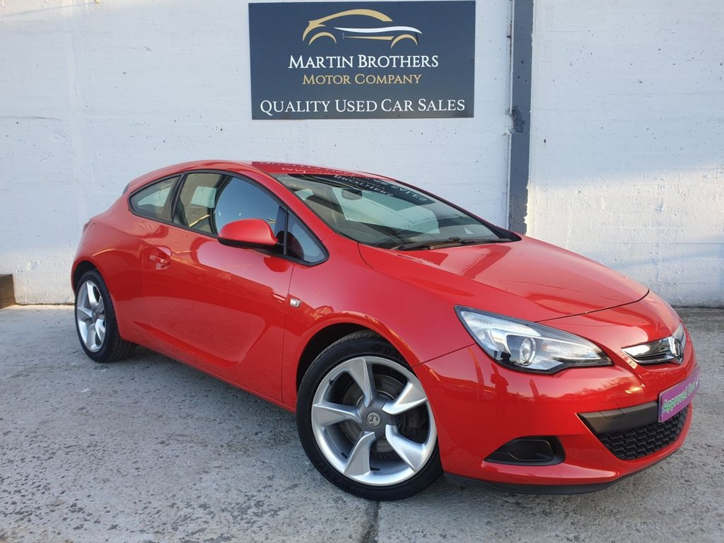 USED 2013 13 VAUXHALL ASTRA 1.4 GTC SPORT S/S 3d 118 BHP