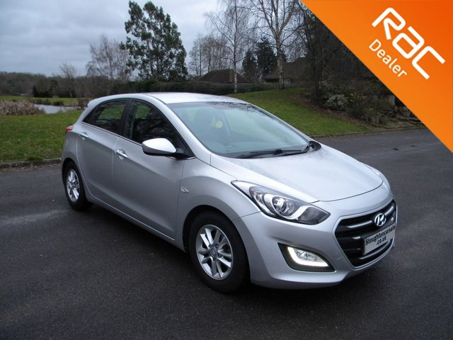 USED 2016 16 HYUNDAI I30 1.6 CRDI SE BLUE DRIVE 5d 109 BHP Still Under Hyundai Warranty, Rear Parking Sensors, Alloy Wheels, Bluetooth, Free To Tax