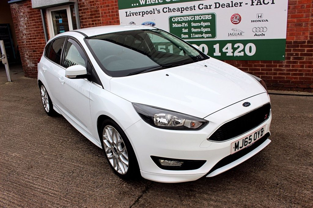 USED 2015 65 FORD FOCUS 1.0 ZETEC S 5d 124 BHP +6 STAMP FSH +LOW INSURANCE.