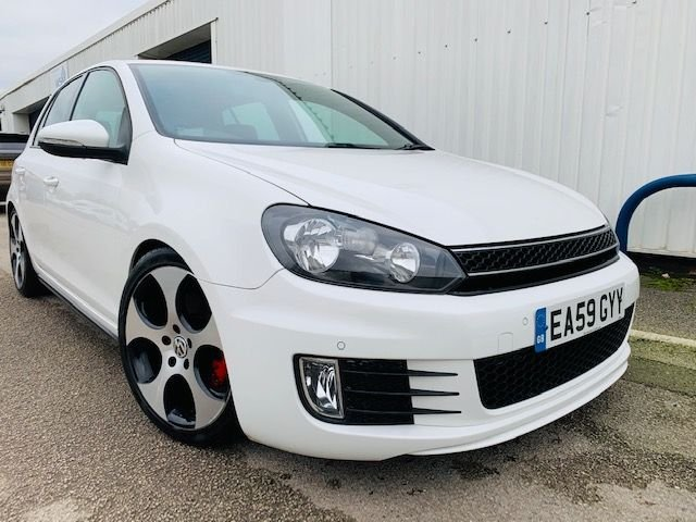 USED 2009 59 VOLKSWAGEN GOLF 2.0 GTI DSG 5d 210 BHP FULL SERVICE HISTORY - SATELLITE NAVIGATION - FULL HEATED LEATHER SPORT SEATS - REVERSE CAMERA - FRONT & REAR PARKING SENSORS - ELECTRIC FOLDING WING MIRRORS - 12 MONTH MOT - 3 MONTH WARRANTY