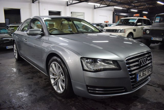 USED 2012 62 AUDI A8 3.0 TDI QUATTRO SE EXECUTIVE 4d 247 BHP STUNNING CONDITION - S/H TO 92K - FULL BEIGE LEATHER - SAT NAV - POWERBOOT - HEATED SEATS - E/MEMORY SEATS