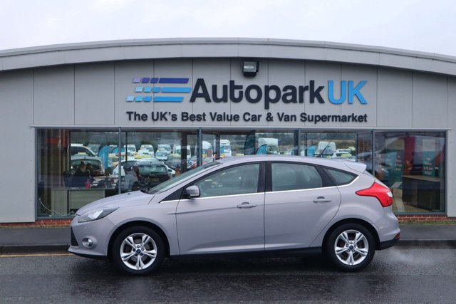 USED 2011 61 FORD FOCUS 1.6 ZETEC 5d 104 BHP ALL CREDIT HISTORIES WELCOME*