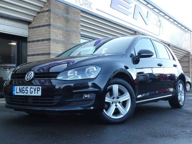 2015 65 VOLKSWAGEN GOLF 1.6 MATCH TDI BLUEMOTION TECHNOLOGY DSG 5d 109 BHP